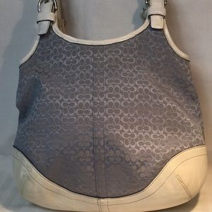 Small Coach handbag with issues